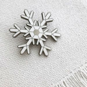 VINTAGE Snowflake Winter Holiday 1960s Brooch
